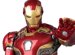 MAFEX Iron Man Mark 45 (Avengers: Age of Ultron)