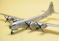1/72 B-29A Superfortress Enola Gay