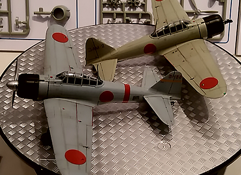 1/72 IJN 12-shi Carrier-based Fighter & Zero Fighter Model 11 2 Aircraft Set